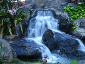 hawai%cc%88-waterfall-1704201_640